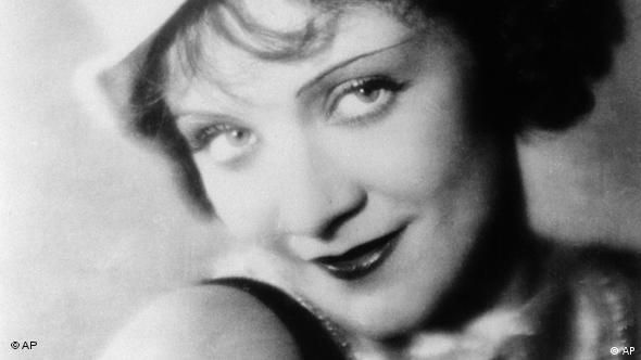 Die Dietrich in Der blaue Engel (Foto: AP)