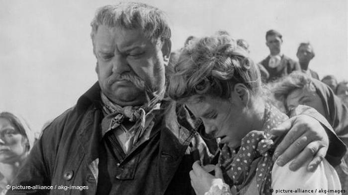 Still from Kolberg with Heinrich George and Kristina Söderbaum (picture-alliance / akg-images)