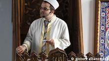 Imam Islam Freitagsgebet Moschee Duisburg Deutschland Religion