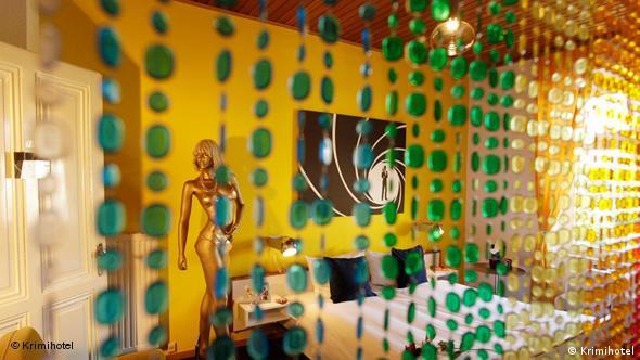 James Bond Zimmer im Krimihotel (Foto: Krimihotel)