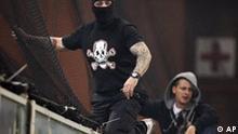 Serbien Hooligans EM Qualifikation Fußball Ausschreitungen