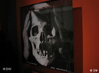 A skull photograph from the exhibition Hitler and the Germans
