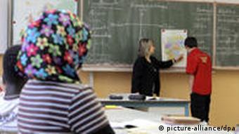 Во многих школах дети из немецких семей оказываются в меньшинстве