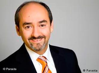 دکتر امیر-مبارز پرستا