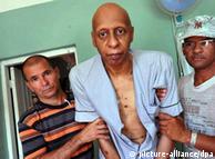 گییرمو  فارینیاس در درمانگاه