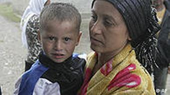 Romanian Roma woman and children
