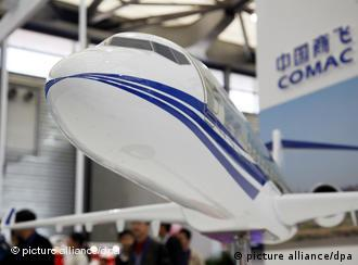 Flugzeug der Commercial Aircraft Corporation of China (Foto: dpa)