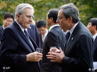 Jean-Claude Trichet und Draghi (Foto: AP)