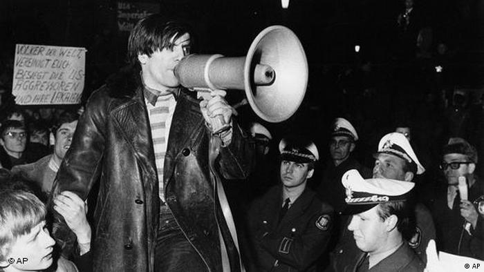 Wofür die Deutschen auf die Straße gingen Flash-Galerie (AP)