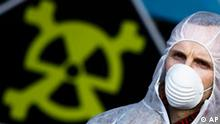 Symbolbild Atomkraft Atomkraftgegner Atommüll