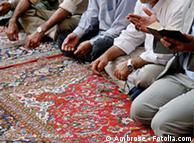 Аллах  позволява само