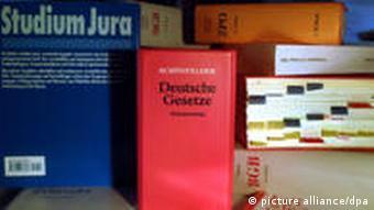 Symbolbild Jura Jurastudium Juristen Gesetze Recht