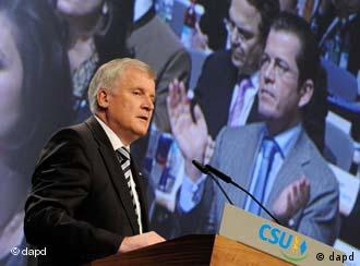 Seehofer at the convention