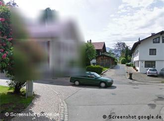 Houses blurred on Street View