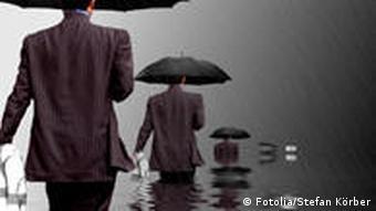 Symbolbild Rettungsring Regen Regenschirm Ertrinken Absaufen Suizid