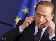 Berlusconi nega as acusações