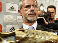 Gerd Mueller duke treguar atleten e artë të futbollit