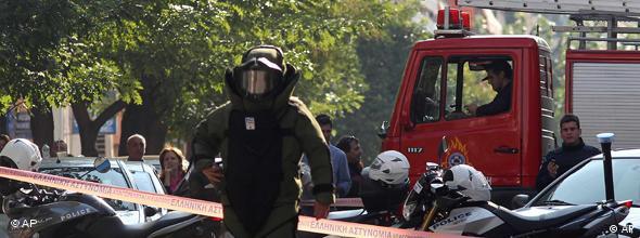 NO FLASH Griechenland Athen Anschlag Briefbombe Bombe Botschaft