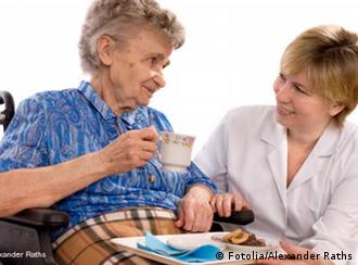 Healthcare worker with elderly person