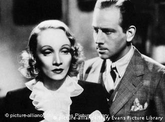 Marlene Dietrich mit Filmpartner Melvyn Douglas in Angel (Foto: picture alliance)