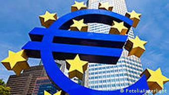 Euro symbol in font of European Central Bank