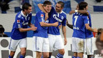 Fußball Bundesliga FC Schalke 04 gegen FC St. Pauli