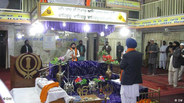 Afghanische Sikhs und Hindus in ihrem Kabuler Tempel während der Diwali Feierlichkeiten. (Foto: DW)