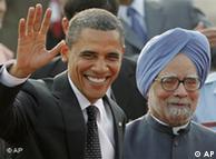 باراک اوباما  به همراه مانموهان سینگ، نخستوزیر هند