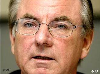 Bertelsmann CEO Günter Thielen apologizes for company's past