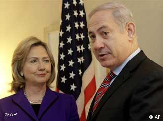US Secretary of State Hillary Clinton and Israeli Prime Minister Benjamin Netanyahu