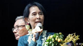 Pro-democracy icon Aung San Suu Kyi giving a speech