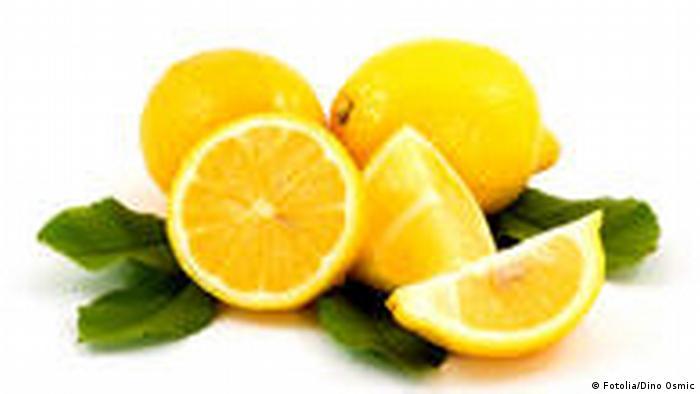 Zitrone (Fotolia/Dino Osmic)
