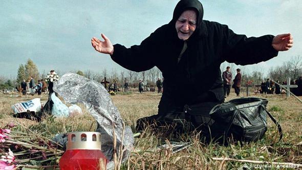Kroatien Vukovar Friedhof Flash-Galerie