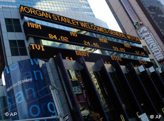 Der Ticker von Morgan Stanley am New Yorker Times Square (Foto: AP)