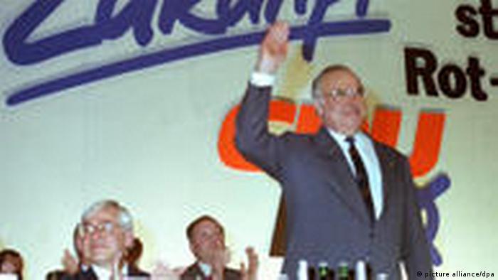 Christian Schwarz-Schilling (lijevo) i Helmut Kohl (desno)