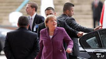 Angela Merkel arrives in Lisbon for the summit