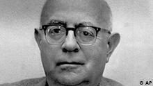 Seinen 65 Geburtstag feiert morgen (am 11.September) der philosoph Professor Theodor W. Adorno. (AP-Photo/Peter Hillebrecht) 10.9.1968 (Photo für Kalenderblatt)