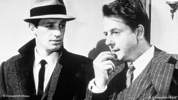 Jean Paul Belmondo und Jean Desailly in einer Szene aus Der Teufel mit der weißen Weste (Foto: Kinowelt)