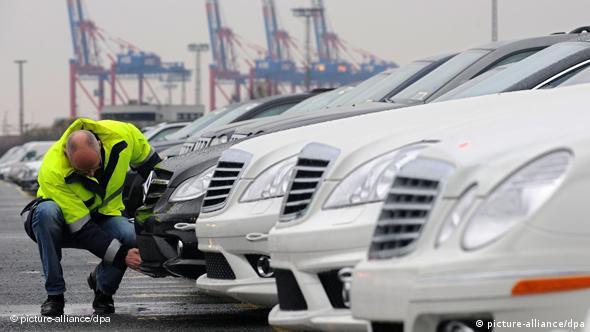 Terminal za izvoz automobila u Bremerhavenu