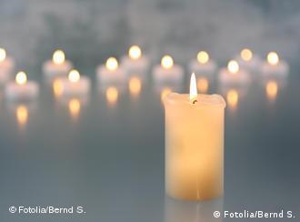 全球烛光下为西藏祈福