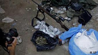 Brasilien Großeinsatz Polizei gegen Drogenhändler Rio
