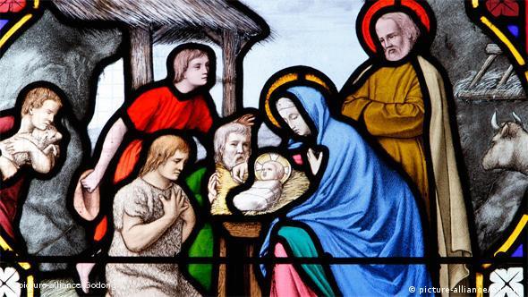 Deutschland Adventskalender Kirchenfenster Jesus Kind (picture-alliance/Godong)