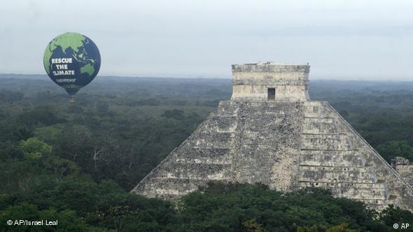 Cumbre sobre el Clima en Cancún, México (2010): Los países del sur esperan un desarrollo más justo para proteger el clima.