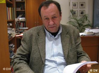 Profesor Robert Traba z nowym podręcznikiem historii
