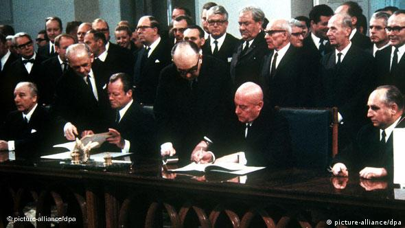 FLASH GALERIE Deutsch-polnischer Vertrag vom 1970