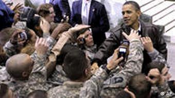 Afghanistan USA Präsident Barack Obama in Bagram