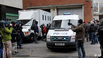 Journalisten vor dem Westminster Magistrates Court in London, Dienstag 7.12. 2010 (Foto: AP)