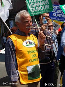 An elderly environmental protester in Istanbul