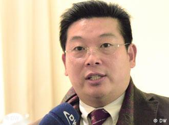 2010年12月8日诺贝尔和平奖颁奖礼前夕,杨建利接受德国之声采访