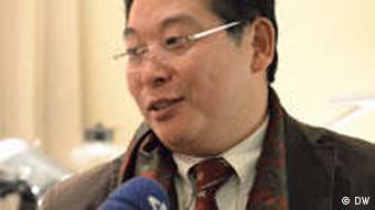 Yang Jianli, ein bekannter Dissident in China und wohnt zur Zeit in den USA. An dem 10 Dezember wird er an der Verleihungszeremonie des Friedensnobelpreis teilnehmen. Wann: 09.12.2010 Wo: Oslo Wer macht das Foto: Ying Yang